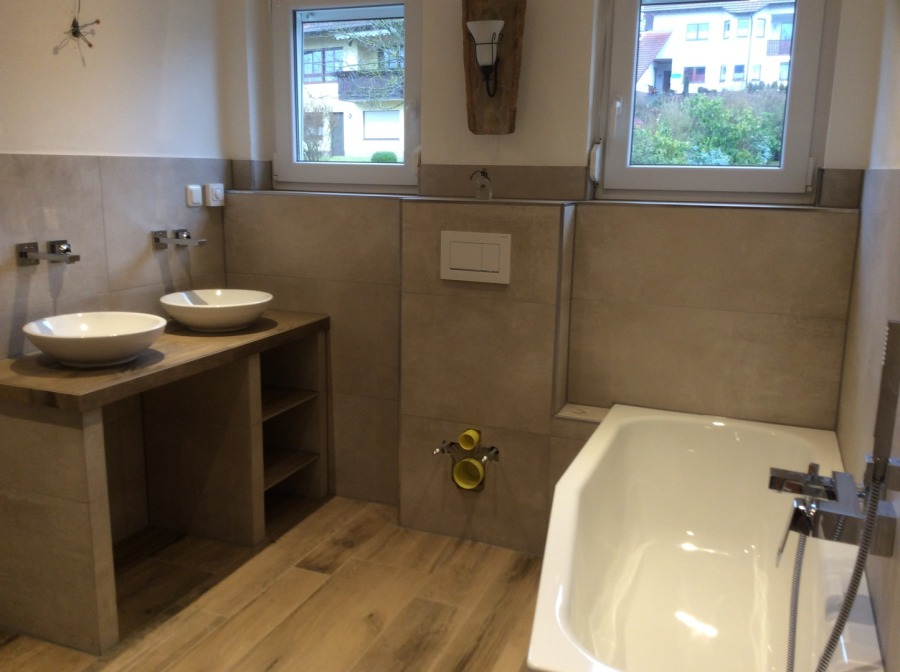Badezimmer Ideen In Holz Und Betonoptik