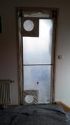 Tür mit Folie abgeklebt