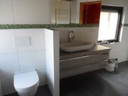 Bad mit WC-Ecke und seperaten Waschtisch
